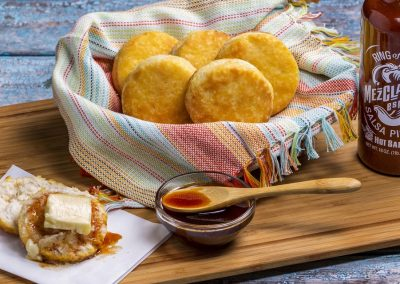 Biscuits with Butter and Mezclajete® Especial Sweet & Spicy Honey Dip